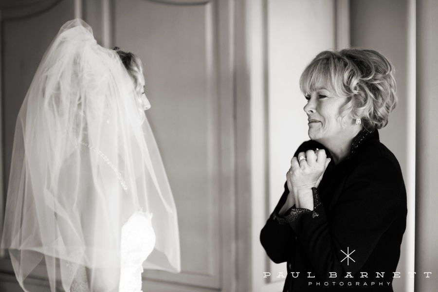 Wedding Photography Checklist of brides mom
